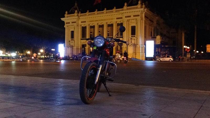 Buổi tối ở nhà hát lớn Hà Nội