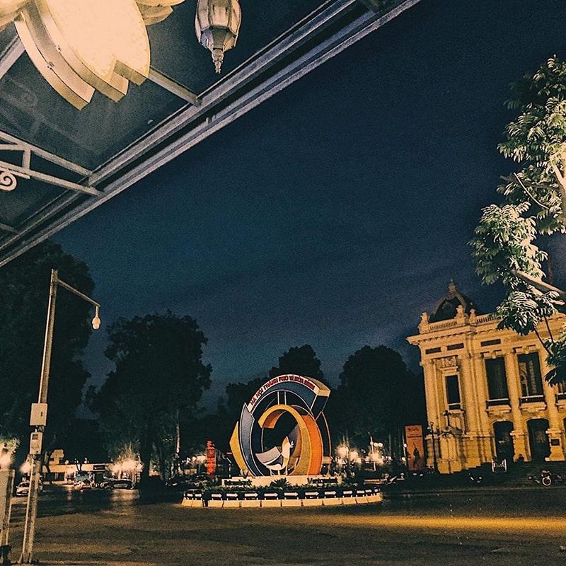 Nhà hát lớn Hà Nội về đêm