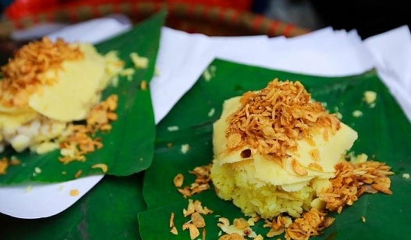 Xôi xéo là món ăn khá phổ biến vào buổi sáng ở Hà Nội