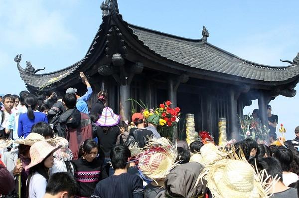 Đi lễ đầu năm tại 9 ngôi đền chùa ở miền Bắc tốt cho người kinh doanh 9