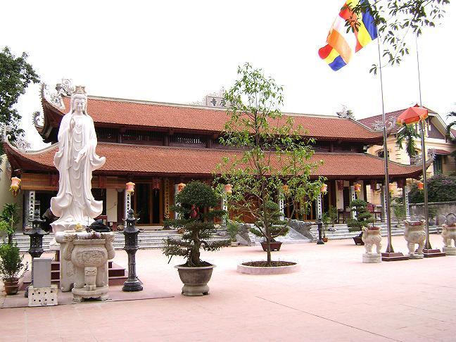 Đi lễ đầu năm tại 9 ngôi đền chùa ở miền Bắc tốt cho người kinh doanh 4