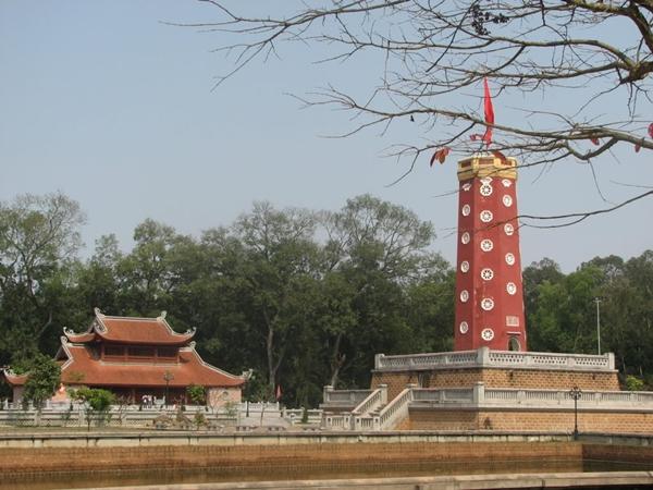 Khám phá làng cổ Đường Lâm và thành cổ Sơn Tây trong 1 ngày 7