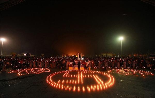 Vĩnh Phúc: Lung linh đêm hội hoa đăng Tây Thiên 2017