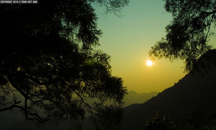 Hoàng hôn trên núi Yên Tử