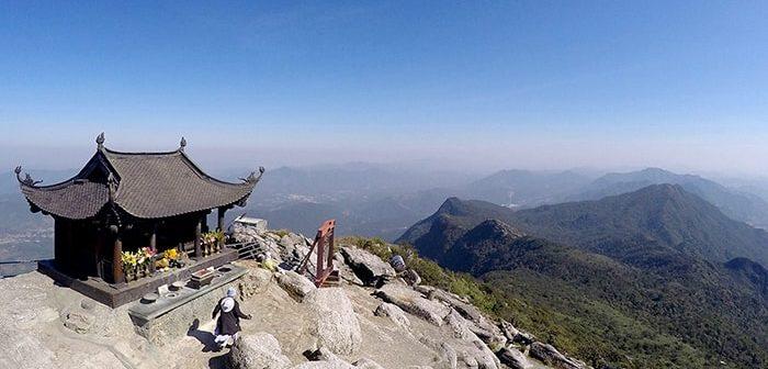 Đi leo núi Yên Tử cần chuẩn bị những gì? Đi như thế nào?