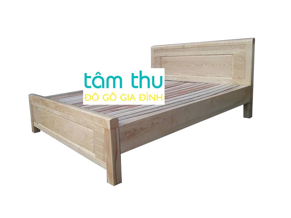 Một mẫu mã giường ngủ gỗ sồi