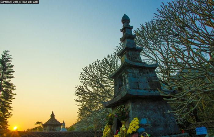 Tháp Huệ Quang - Nơi cất giữ xá lị của Phật Hoàng