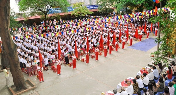 Khung cảnh trường tiểu học Láng Thượng trong ngày tựu trường