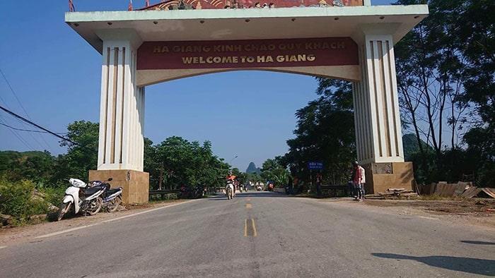 Cổng chào thành phố Hà Giang