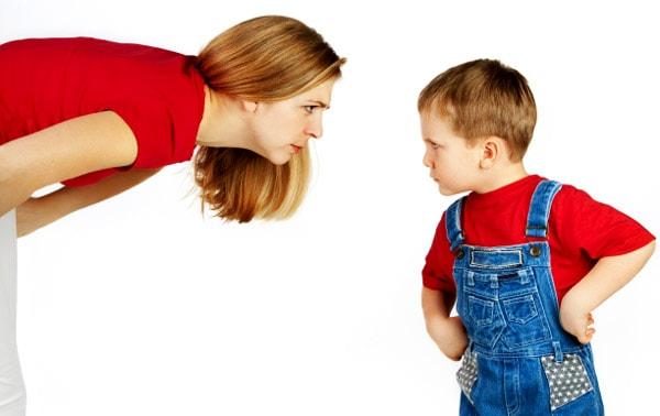 Tại sao trẻ lại bướng bỉnh, không nghe lời?