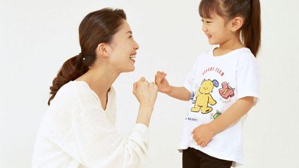 Luôn khích lệ động viên trẻ