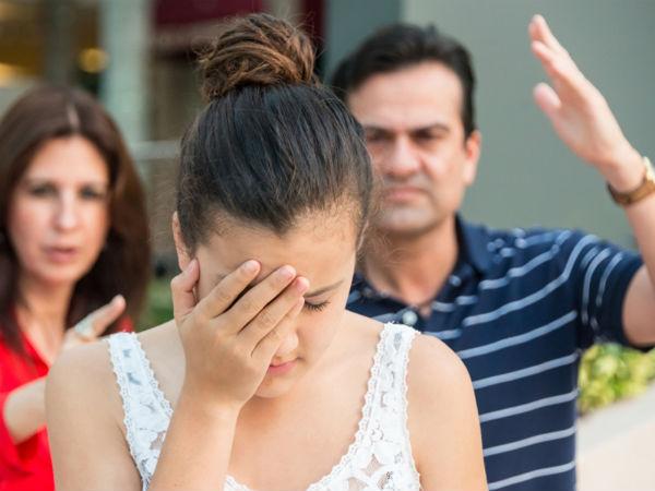 Dạy con gái cách cư xử với mọi người