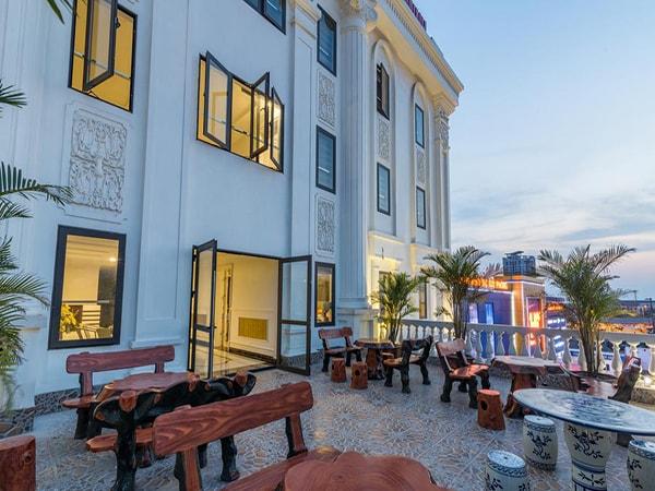 Khu nghỉ dưỡng Tan An Palace