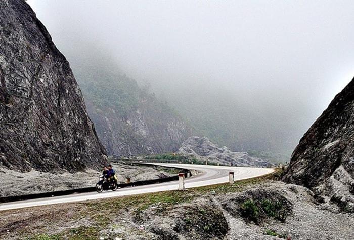 Khung cảnh thiên nhiên trên đường lên Thung Nai, Hòa Bình