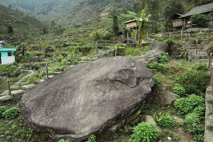 Bãi đá cổ Nấm Dần, Hà Giang