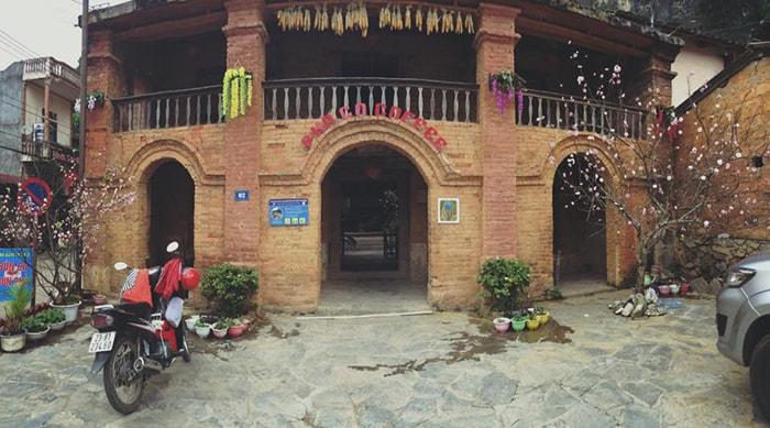 Thưởng thức cafe phố cổ ở Đồng Văn