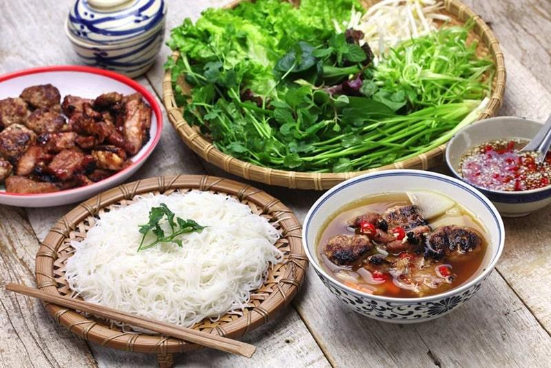 Bún Chả là món ăn đặc trưng ở Hà Nội