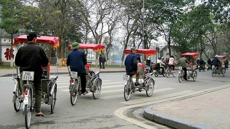 Du lịch Hà Nội bằng xích lô