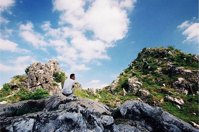 Núi Trầm là điểm vui chơi, du lịch gần Hà Nội cho ngày nghỉ