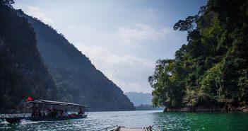 Những địa điểm du lịch Hồ Ba Bể không thể không đến 1