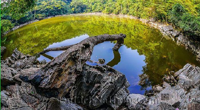 Ao Tiên là điểm du lịch ba Bể nổi bật