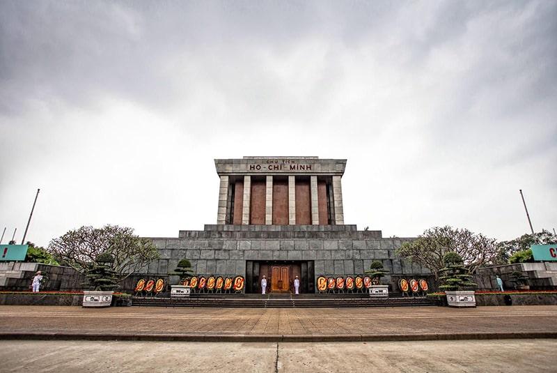 Quảng trường Ba Đình – Lăng Chủ tịch Hồ Chí Minh