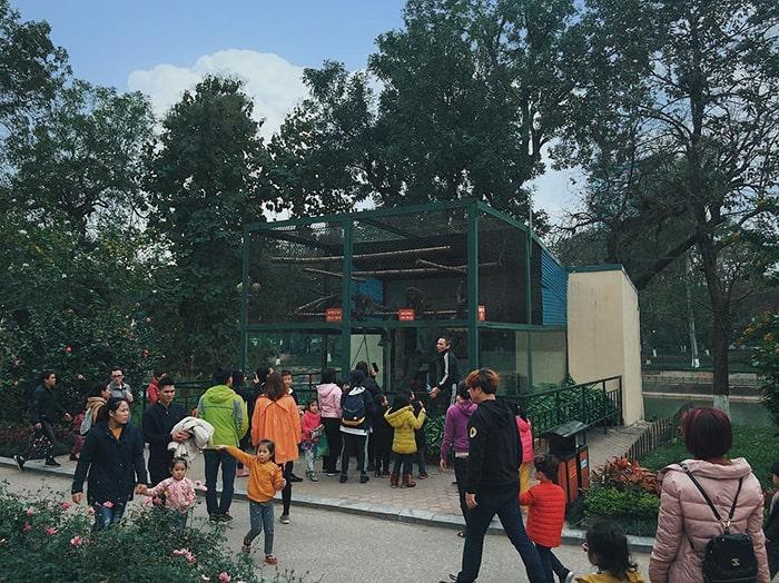 Vườn thú công viên Thủ Lệ