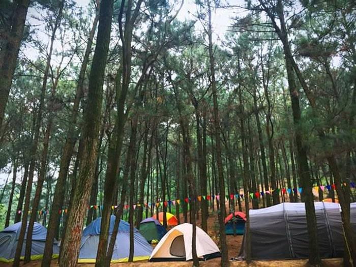 Cắm trại ở hồ Hàm Lợn