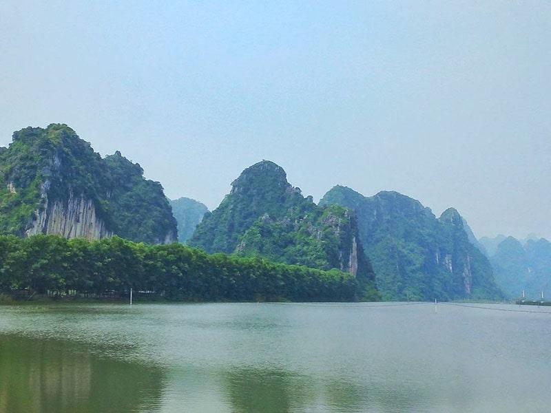 Khu du lịch sinh thái hồ Quan Sơn