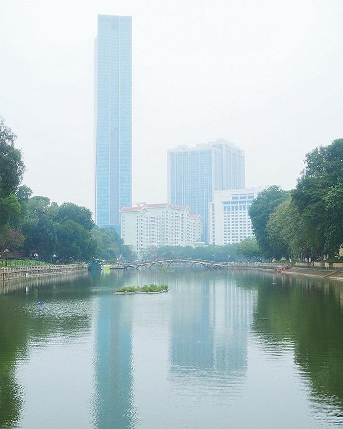 Tòa nhà Lotte trên phố Đào Tấn