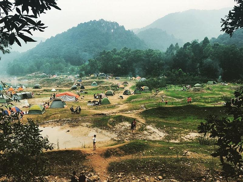 Núi Hàm Lợn - Sóc Sơn là địa điểm cắm trại khá thú vị gần Hà Nội