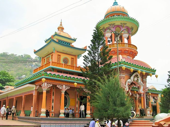 Chùa Tây An - Sự giao thoa giữa kiến trúc và nghệ thuật của Ấn Độ và Việt Nam