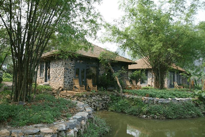 Khung cảnh phù hợp để trốn việc về quê trồng rau nuôi cá ở Tam Cốc Garden Resort